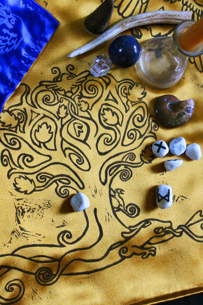 Yggdrasil Altar Cloth featuring Swirly Ash Tree with Ratatoskr, Veðrfölnir and Níðhöggr Nidhogg - Gold Coloured Satin Cloth Yggdrasil Detail - Hand Printed with Hand Carved Lino Stamp